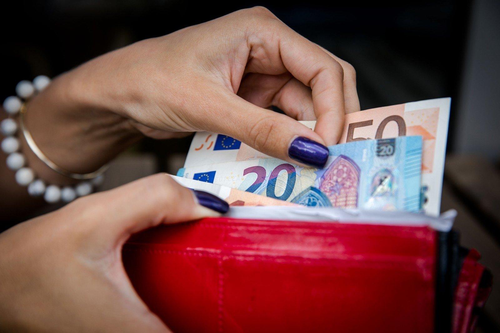 pinig primimo patarimai kaip likti namuose