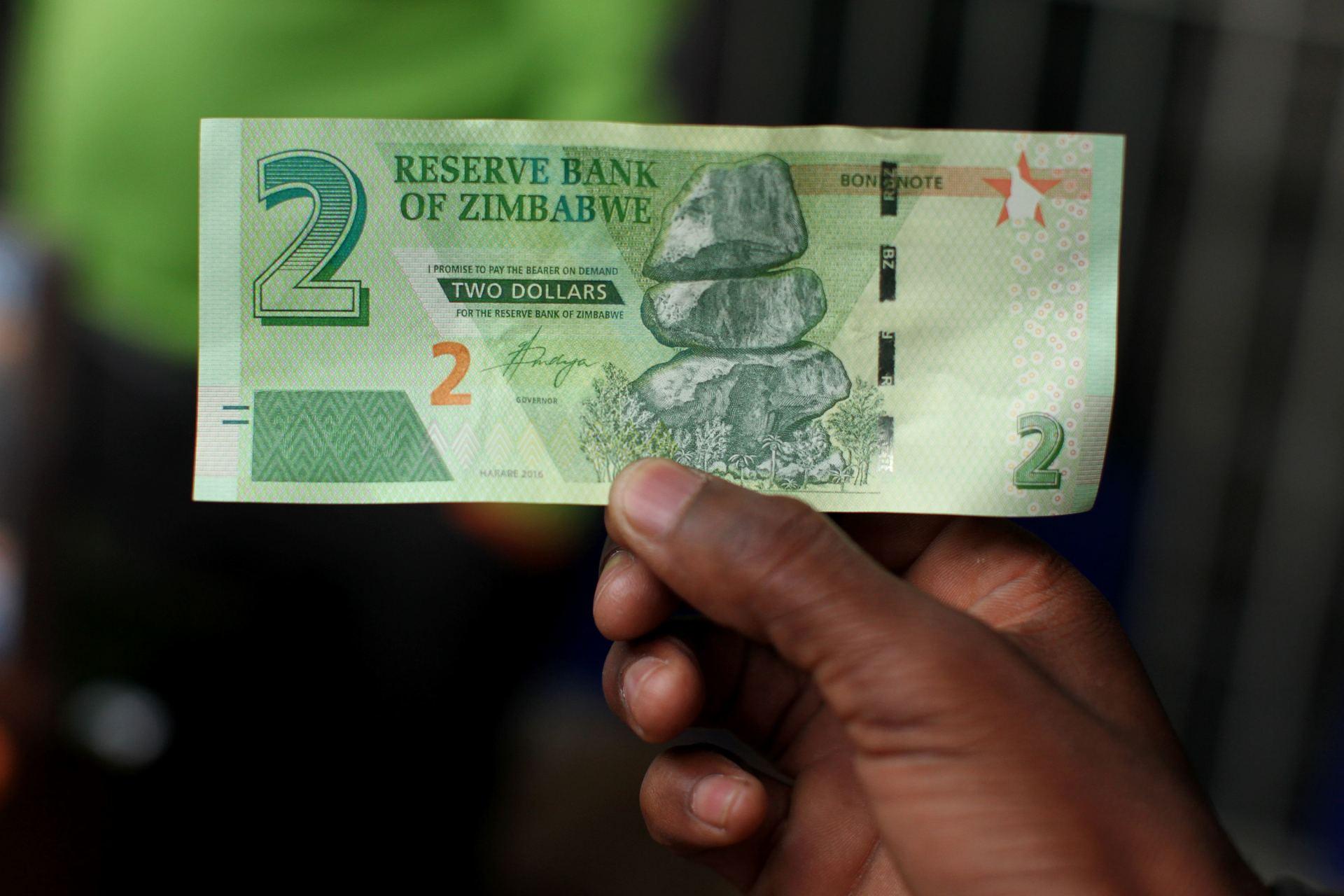 kaip užsidirbti pinigų iš dolerių
