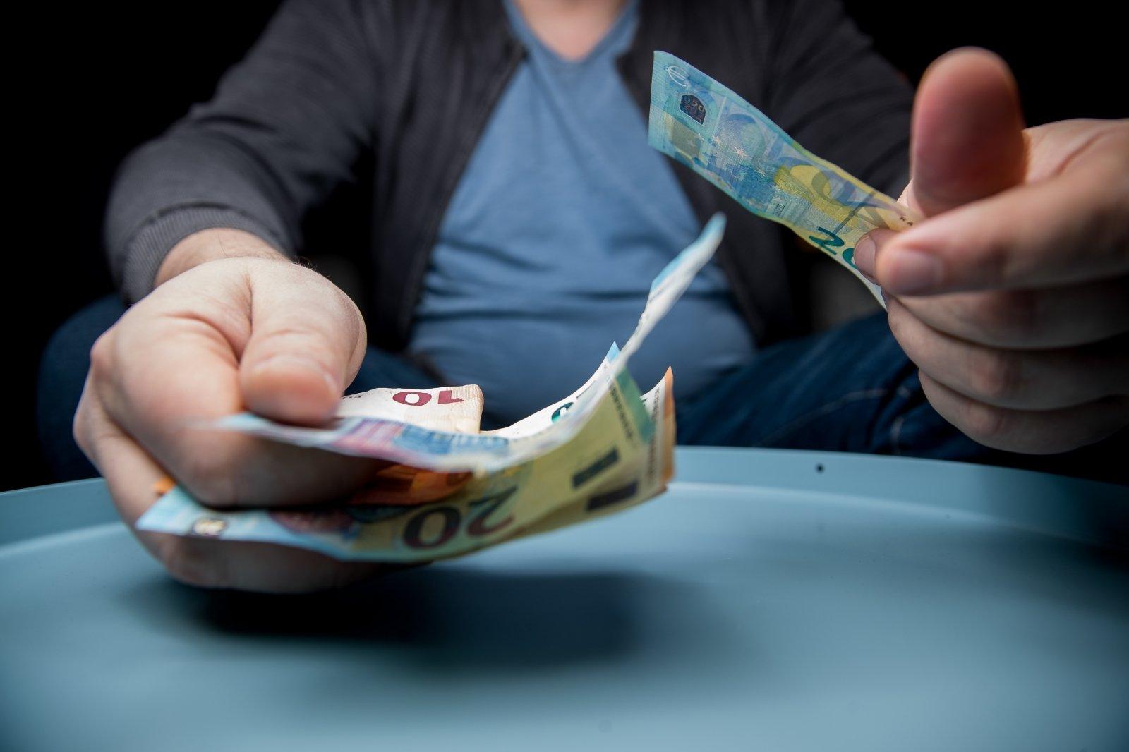 Kaip gerai uždirbti daug pinigų lengva - Skleisti valdymo galimybes