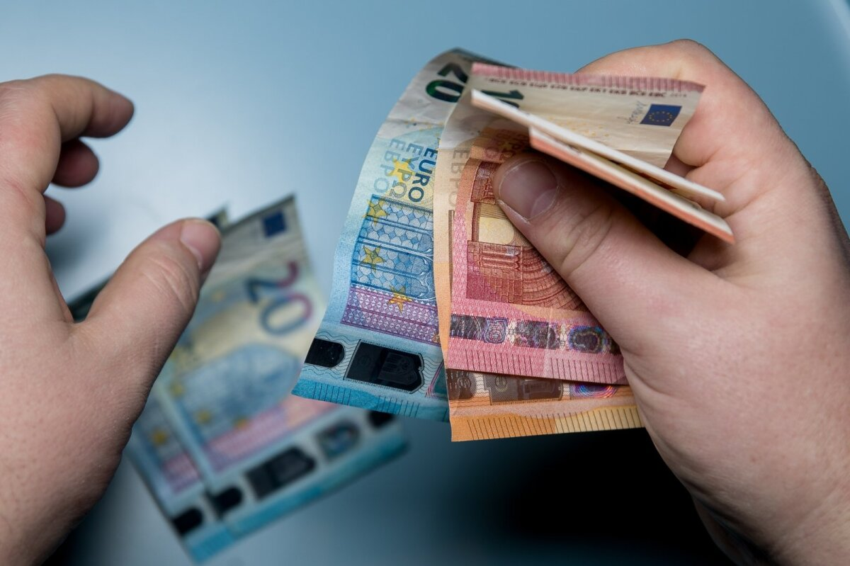 greitai uždirbkite gerus pinigus internete azartiniai lošimai prekyboje