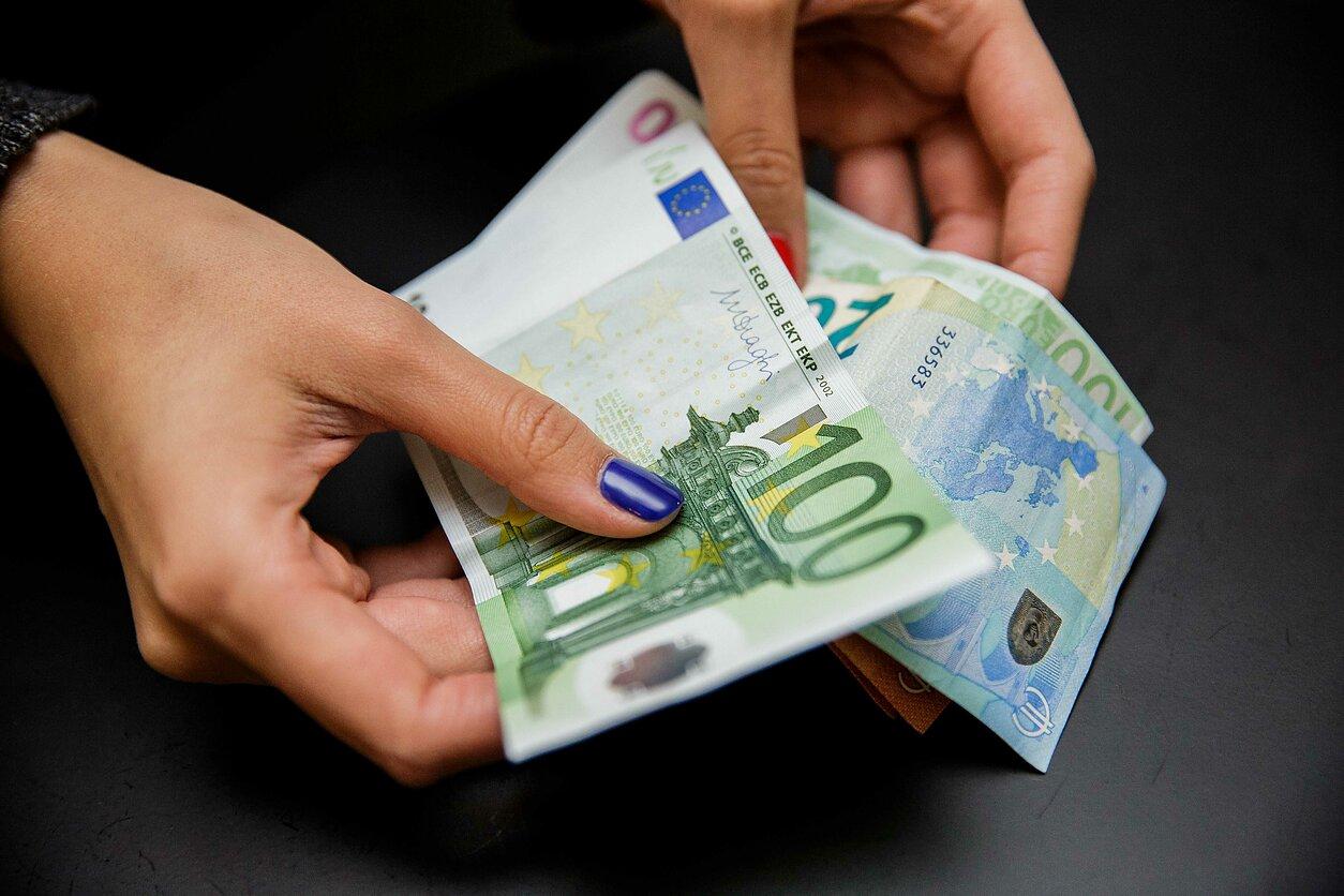 kurioje šalyje galite uždirbti daug pinigų sukurti interneto svetainę, kurioje galite užsidirbti pinigų internete