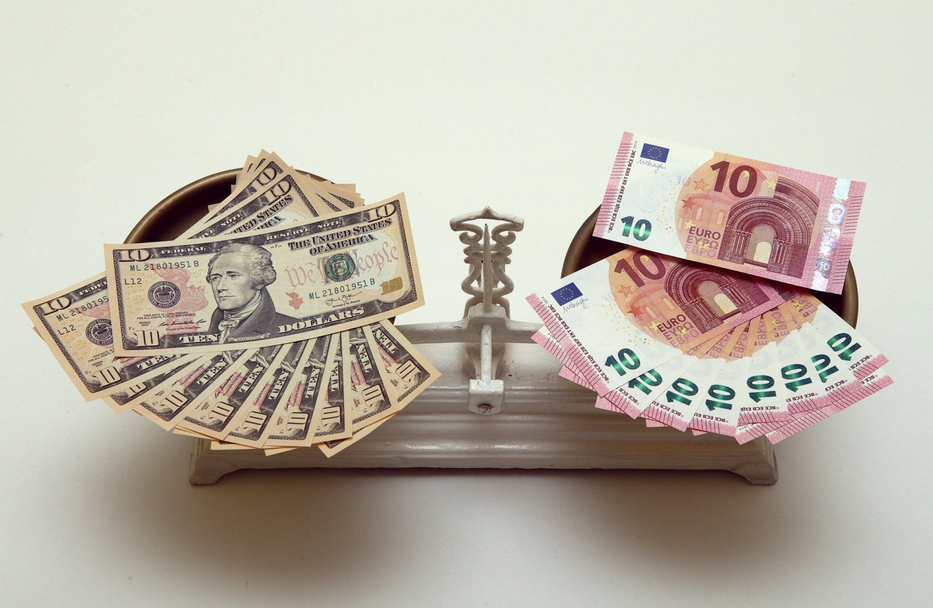 naujas uždirbant pinigus iš bitkoinų pasirinkimo sandorio priemokos apskaičiavimo modelis