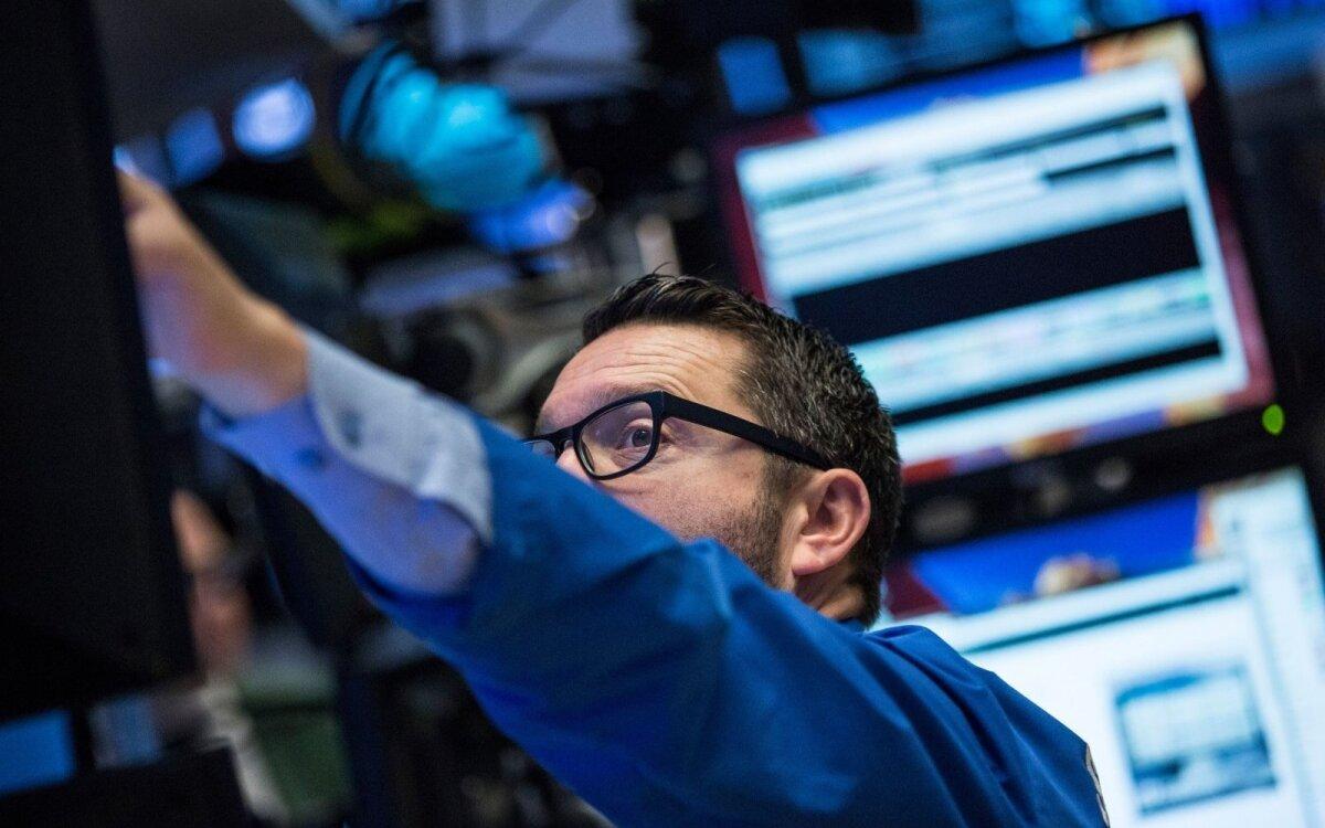 akcijų prekybos tendencijos kuris nagrinėja dvejetainius opcionus