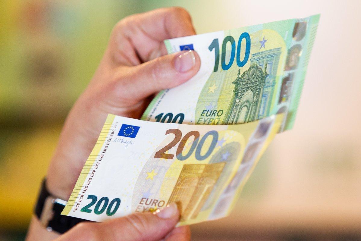 Kaip uždirbti didelius pinigus per interneto pinigus