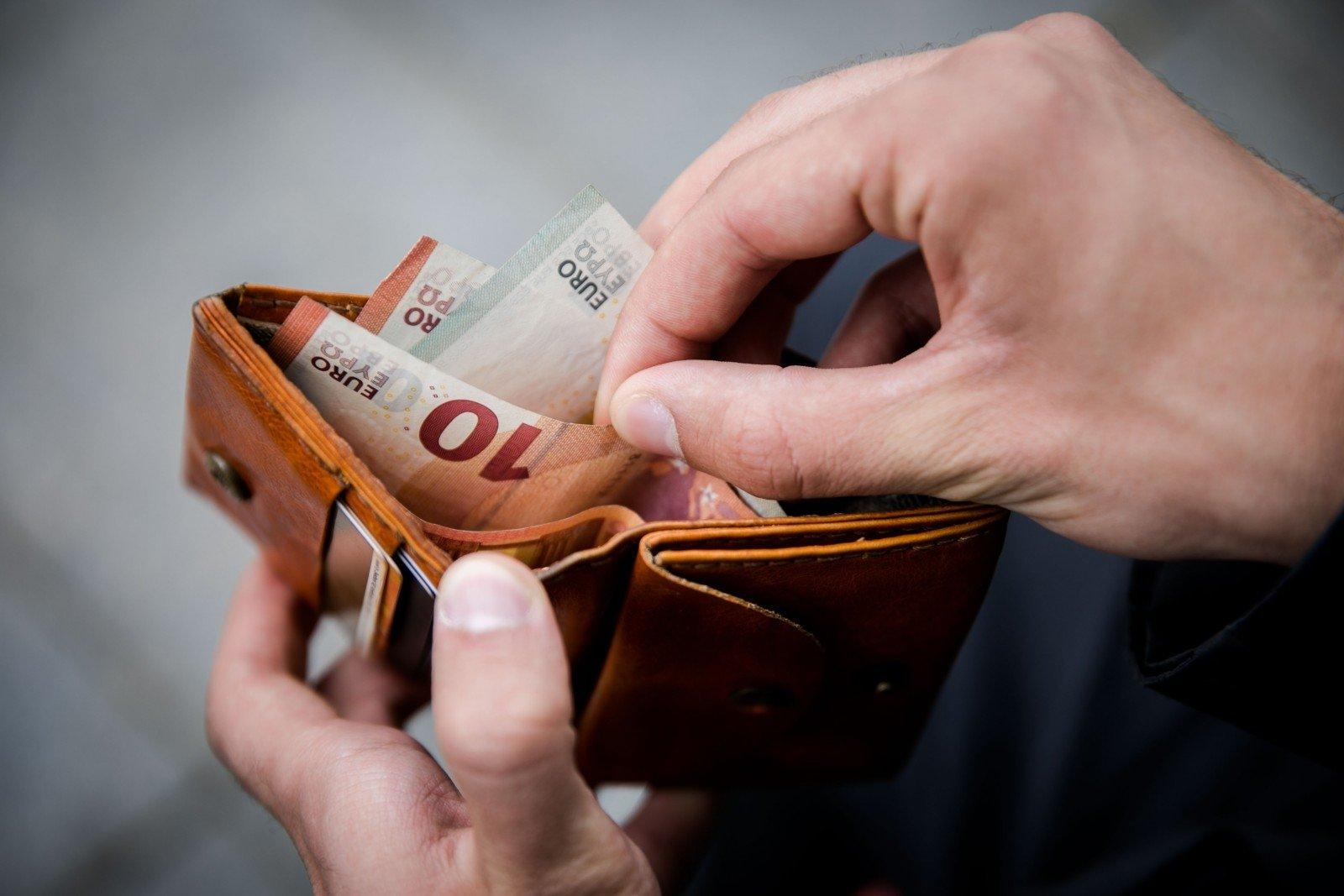 ECB gina grynųjų pinigų naudojimą: gyventojams ši galimybė turi būti užtikrinta